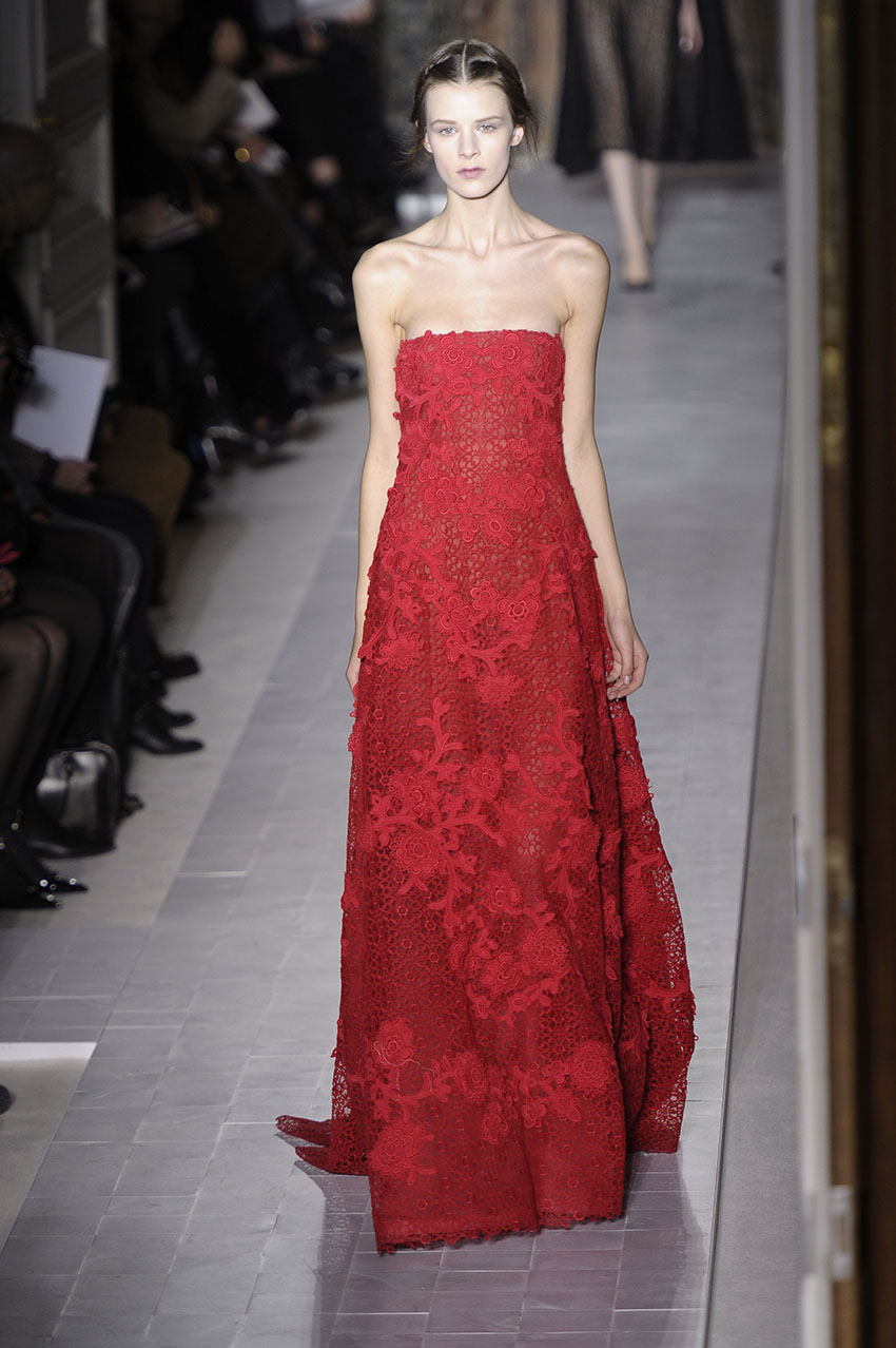 Valentino haute couture paris fashion week s s 2013 for Haute couture photoshoot